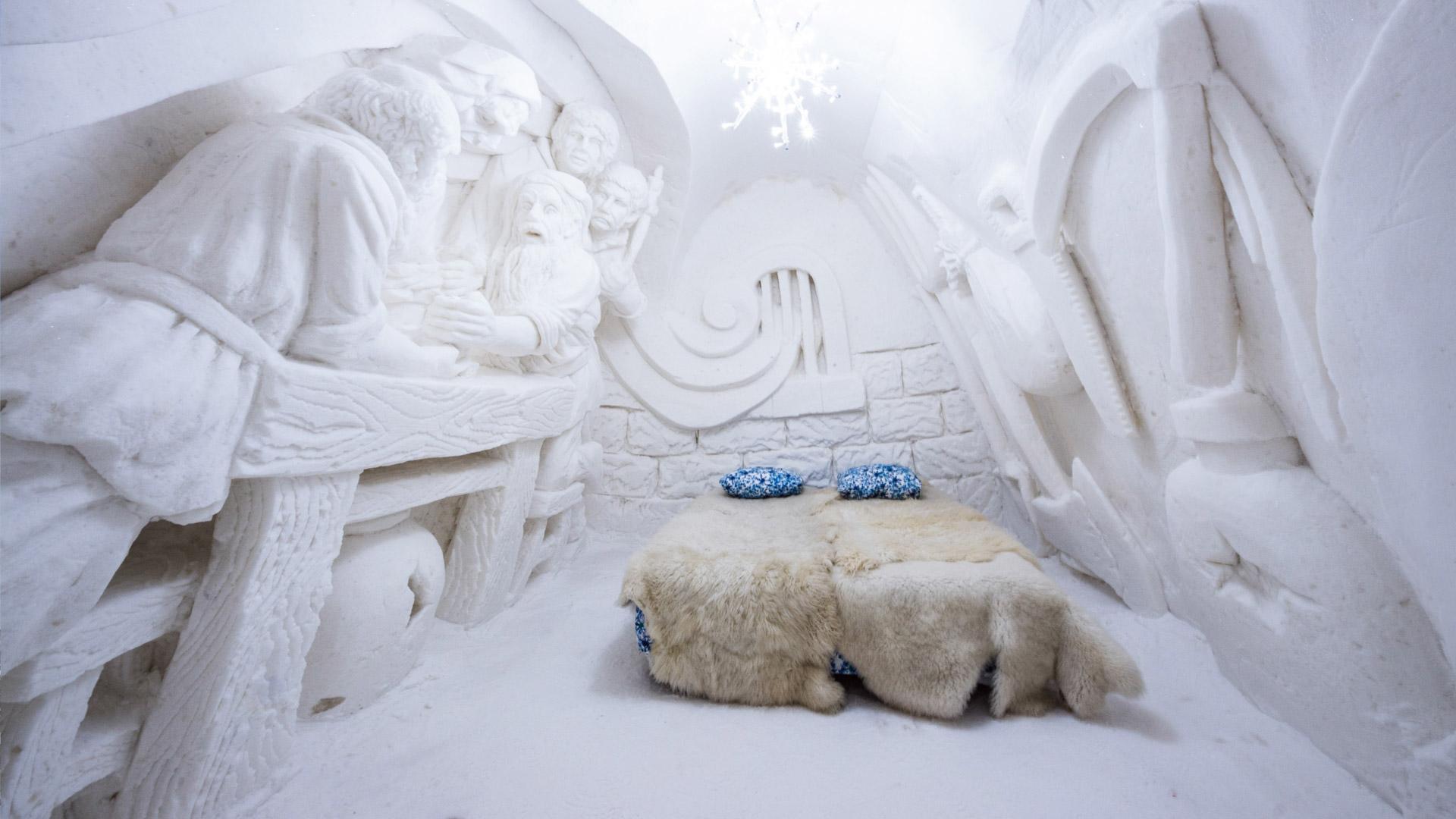 I 7 hotel più strani del mondo Lumilinna Snow Castle Finlandia