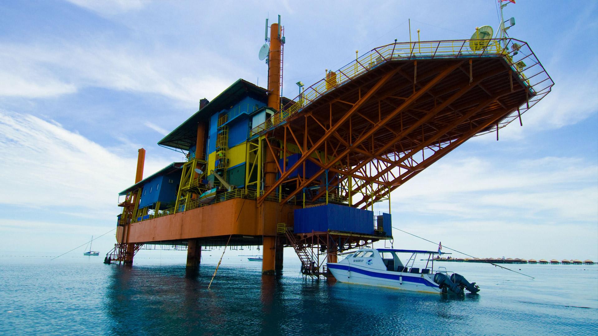 I 7 hotel più strani del mondo Seaventures Dive Resort Malesia